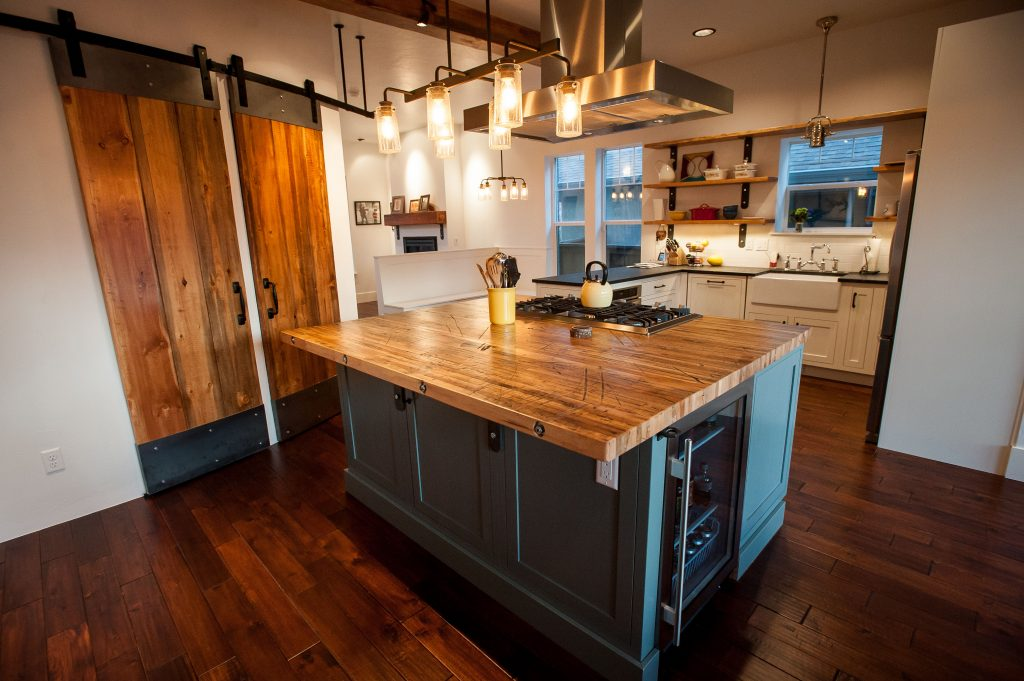 Denver kitchen photos with Medallion Cabinets