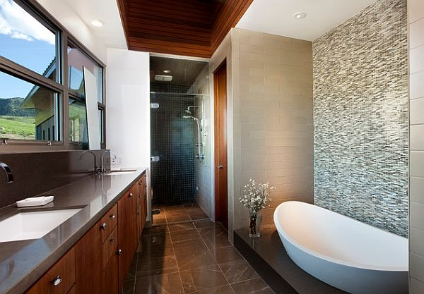 Elegant-bathroom-tile-flooring